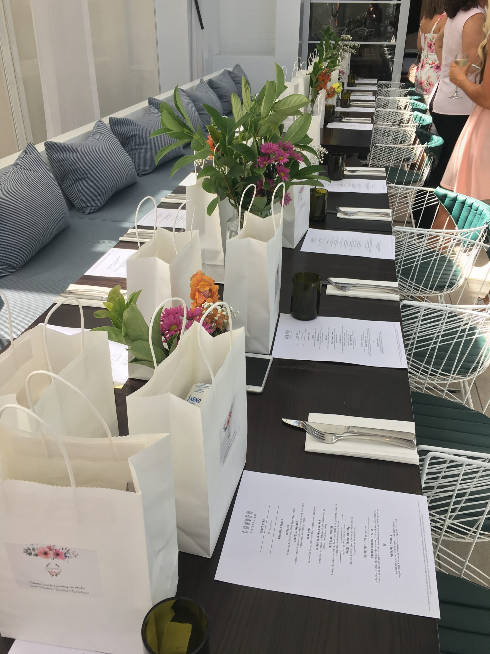 ladies-lunch-full-table